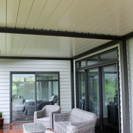 Bask multibay louvre roof with white blades for more light
